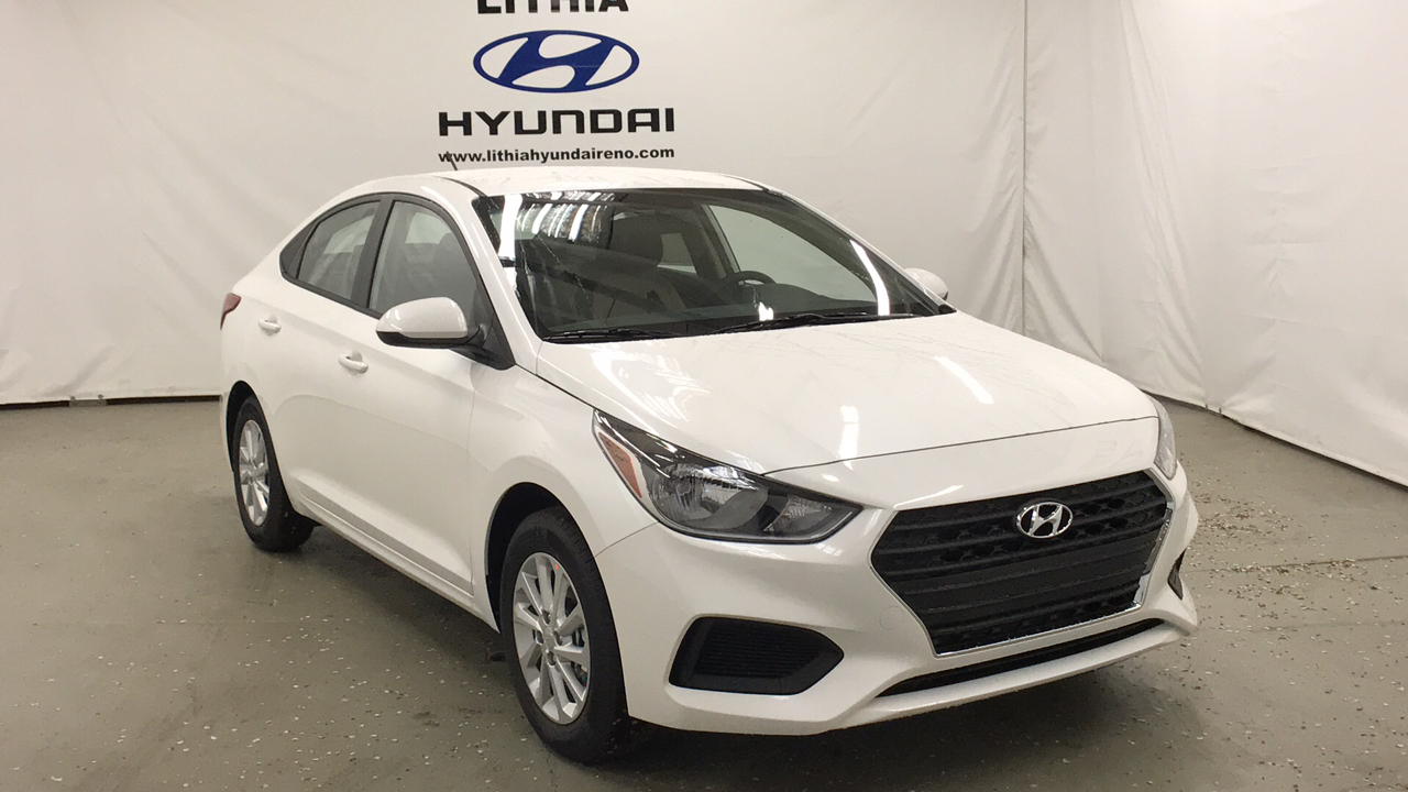 New 2018 HYUNDAI ACCENT SEDAN Front Wheel Drive 4dr Car